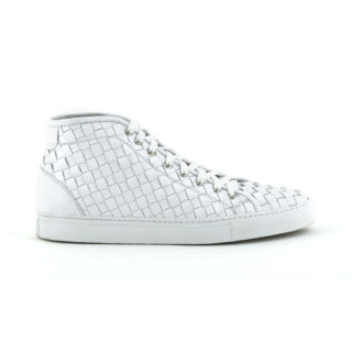 Laced-sneaker-braided-white